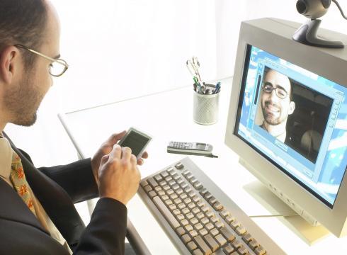 Smartphones can hurt employee productivity